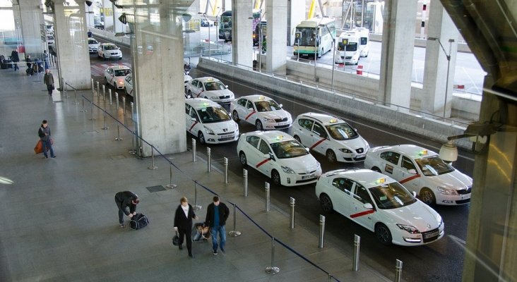 Taxis Aeropuerto de Madrid. Foto Madrid Traveller